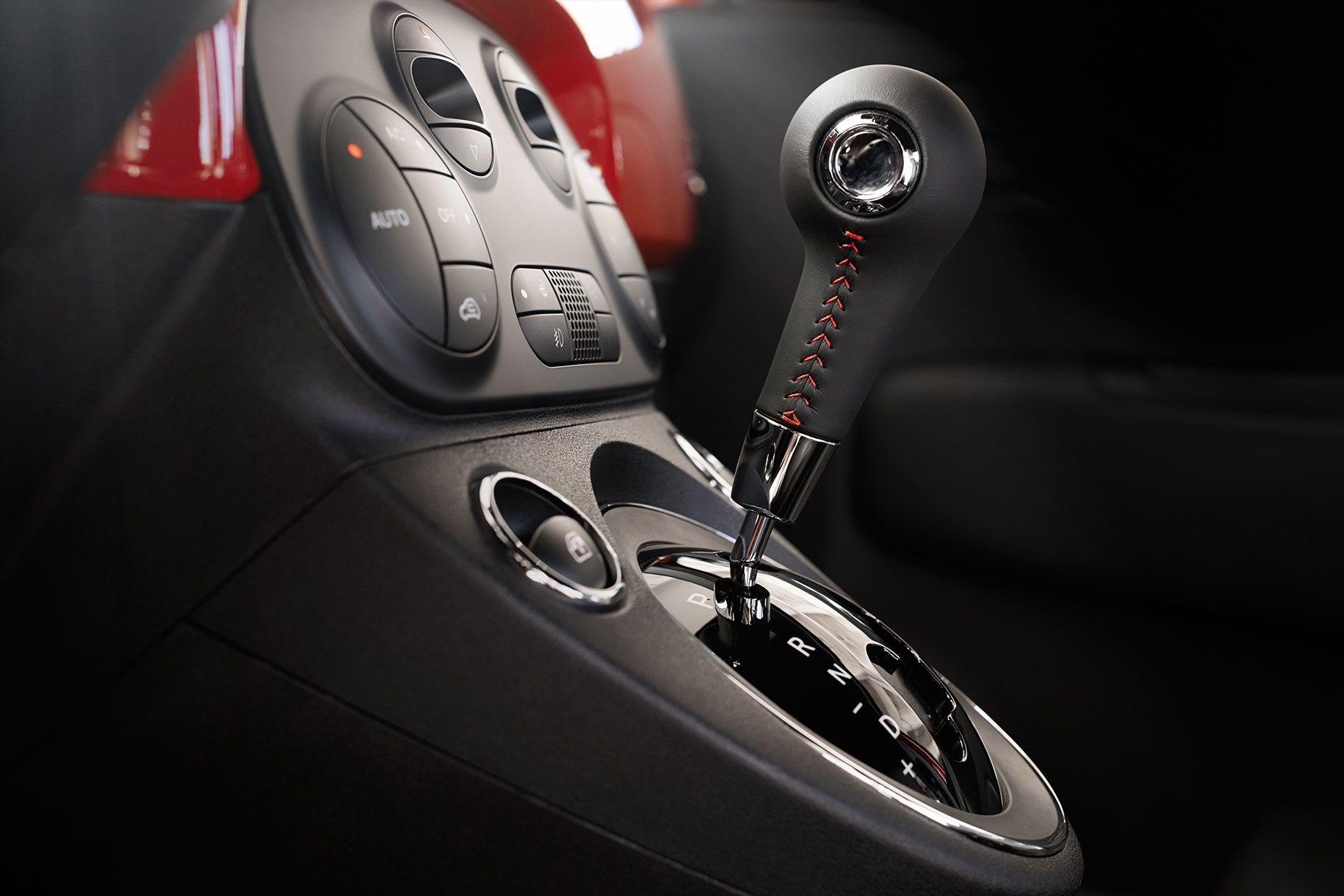 15Fiat_Abarth_07_Automatic_Transmission_Final
