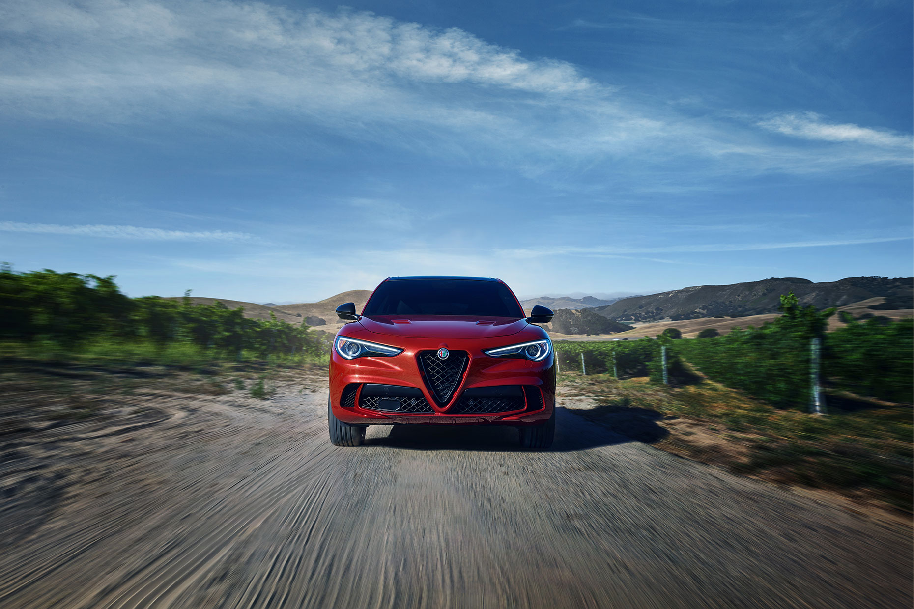 Alfa_Romeo_Vineyard_Stelvio_EXT_Wide_5929_v1